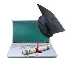 estude em casa através da internet, faça um curso online.
